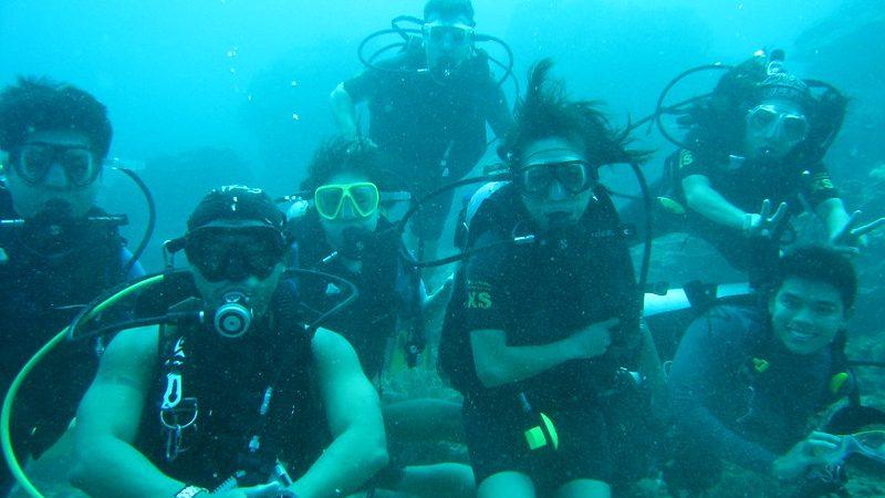 ダイビング仲間・アポ島